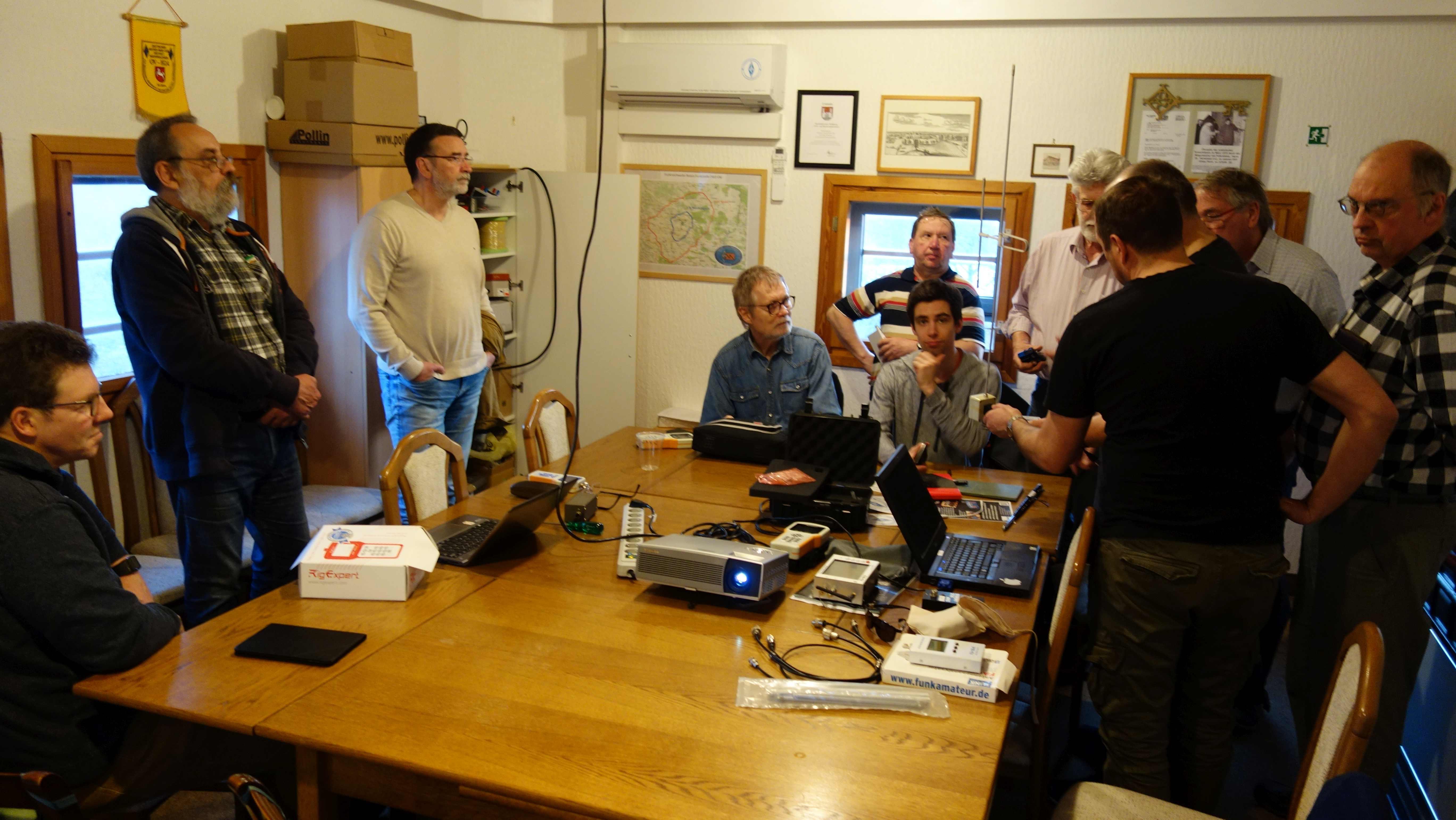Aktivitätstag mit viel Antennen-Messtechnik im Wasserturm