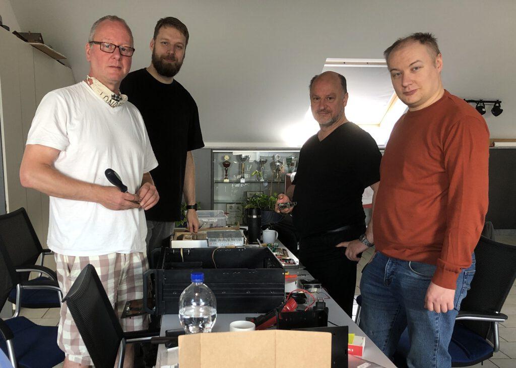 Das Aufbauteam vor dem zweiten Lockdown